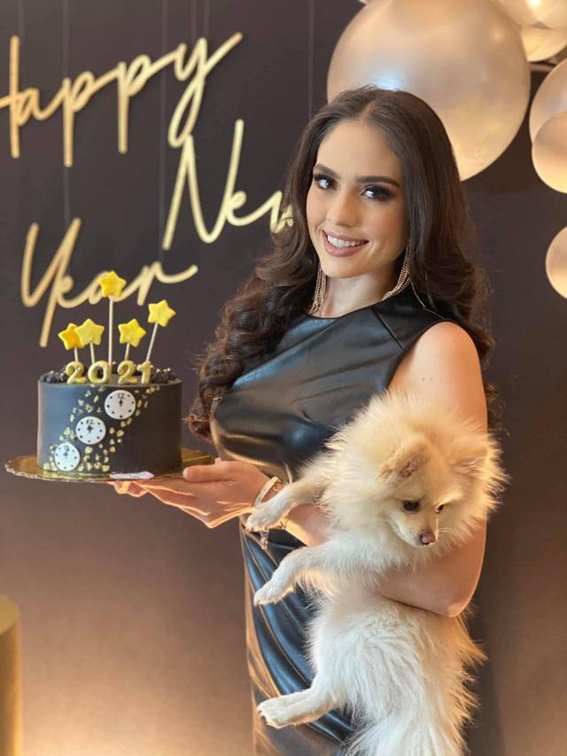 Nhan sắc bốc lửa và kiêu sa của tân Hoa hậu Hoàn vũ Mexico - 5