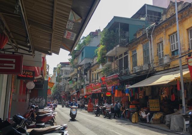 Bán nhà 845 cây vàng trên phố cổ Hà Nội, gia chủ nhận lại toàn... giấy nợ? - 3