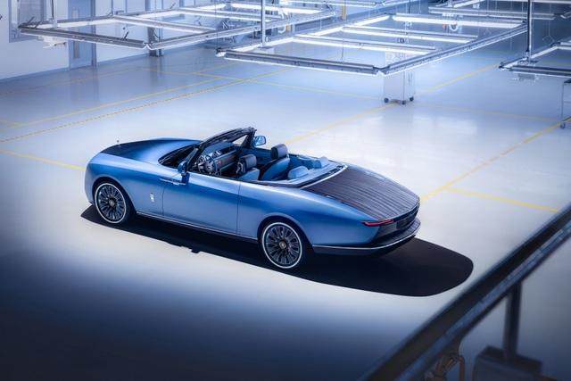 Cận cảnh siêu phẩm mới giá 28 triệu USD của Rolls-Royce - 3