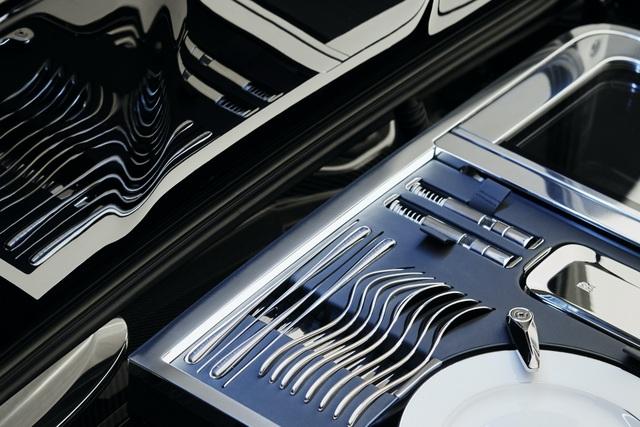 Cận cảnh siêu phẩm mới giá 28 triệu USD của Rolls-Royce - 10