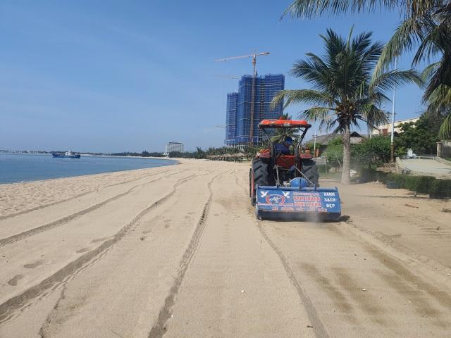 Biển Ninh Thuận vắng lặng không một bóng du khách - 4