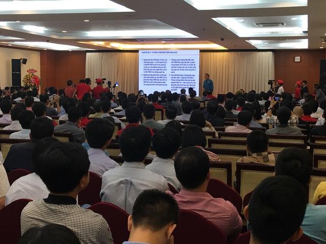 Cộng đồng doanh nhân khởi nghiệp nghe ông Đặng Văn Thành truyền lửa
