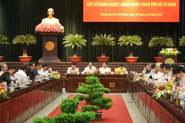Đoàn Đại biểu Quốc hội TPHCM đã có buổi gặp gỡ cộng đồng doanh nghiệp, doanh nhân thành phố