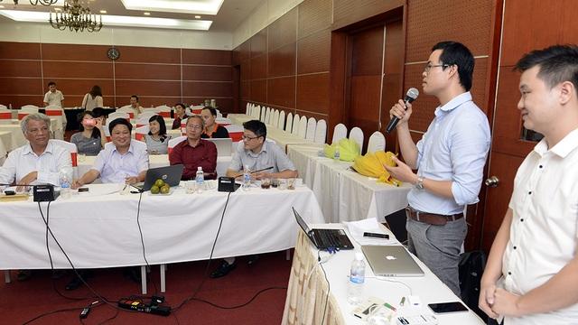 Các nhóm tác phẩm dự thi tham gia thành 3 Hội đồng ở 3 lĩnh vực gồm: Sản phẩm CNTT Thành công; Hệ thống CNTT triển vọng; Sản phẩm CNTT ứng dụng trên di động