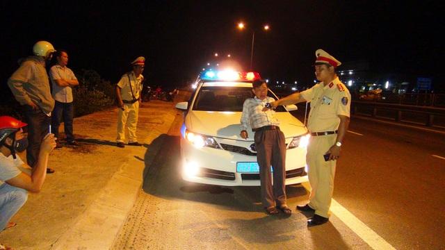 Lái xe Ngô Ngọc say xỉn và có lời lẽ xúc phạm lực lượng CSGT khi bị dừng xe kiểm tra