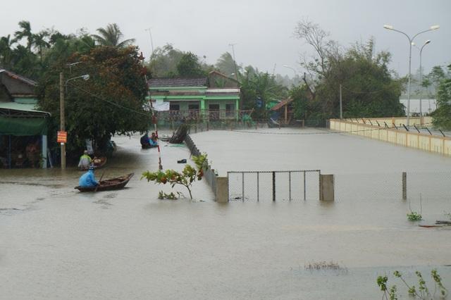 Mưa to vừa qua gây ngập úng nhà người dân trên địa bàn TP Tam Kỳ, Quảng Nam