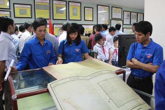 Lực lượng đoàn viên, thanh niên nghiên cứu các tài liệu