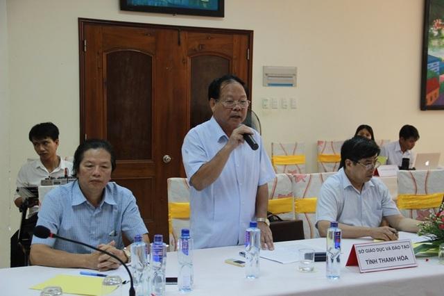 Đại diện các địa phương trình bày quan điểm và các hoạt động của địa phương.