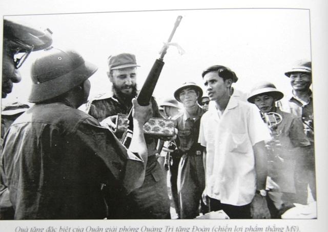 Những khoảnh khắc đầy xúc động của chủ tịch Fidel Castro trong chuyến thăm Quảng Trị - 17