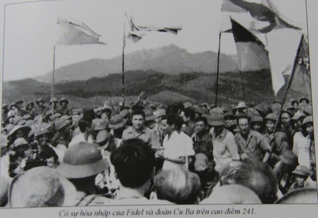 Những khoảnh khắc đầy xúc động của chủ tịch Fidel Castro trong chuyến thăm Quảng Trị - 14