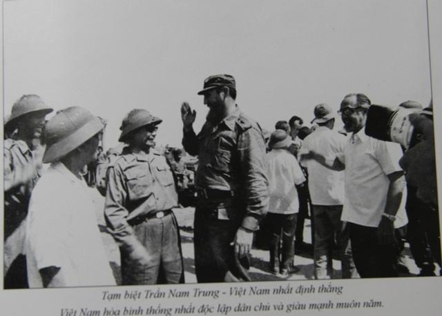 Những khoảnh khắc đầy xúc động của chủ tịch Fidel Castro trong chuyến thăm Quảng Trị - 13