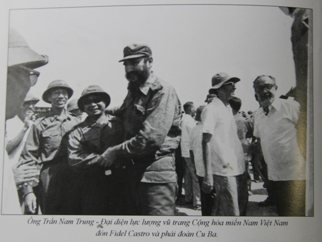 Những khoảnh khắc đầy xúc động của chủ tịch Fidel Castro trong chuyến thăm Quảng Trị - 3