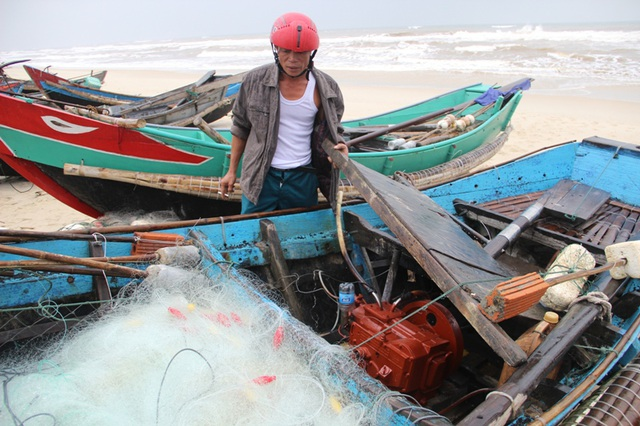 Sự cố môi trường biển đã ảnh hưởng nặng nề đến việc phát triển kinh tế xã hội và đời sống nhân dân