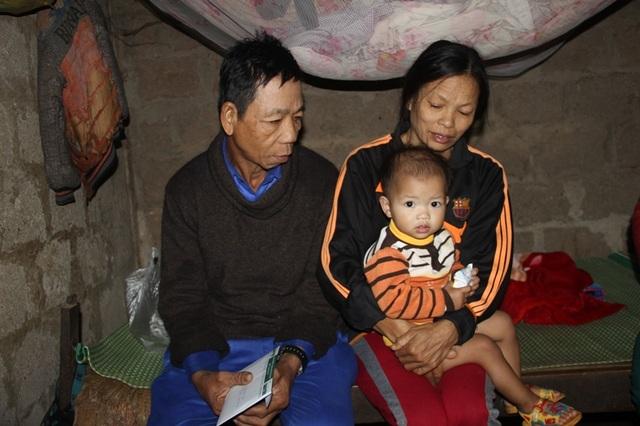 Mắc bệnh tim nặng nhưng gia đình quá khó khăn nên chị Liên phải cắn răng chịu đựng nỗi đau