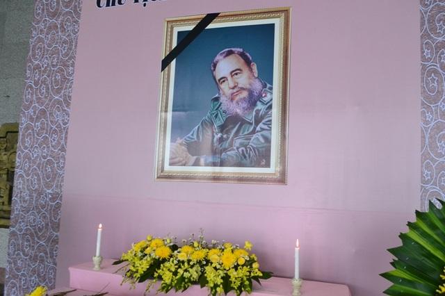 Cán bộ và nhân dân Quảng Trị trọng thể tổ chức tưởng niệm Chủ tịch Cuba Fidel Castro