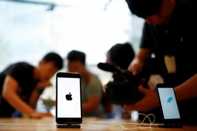 Apple đang đối mặt nhiều vấn đề lớn với iPhone - 2