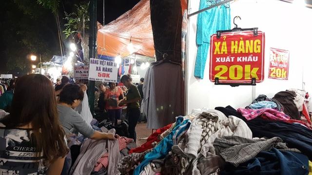 Chuyển lạnh, quần áo rét giá rẻ thu hút người tiêu dùng Hà Nội - 2