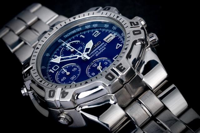 Phân biệt các thương hiệu đồng hồ từ vài trăm cho đến vài trăm ngàn USD - 1