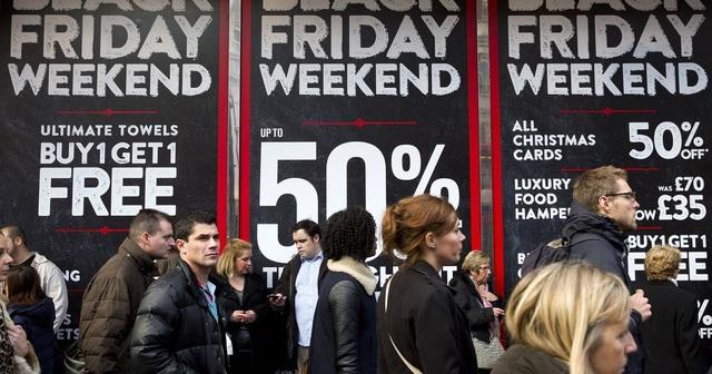 """Nhiều món đồ xa xỉ đồng loạt giảm giá trong """"ngày lễ mua sắm"""" Black Friday - 1"""