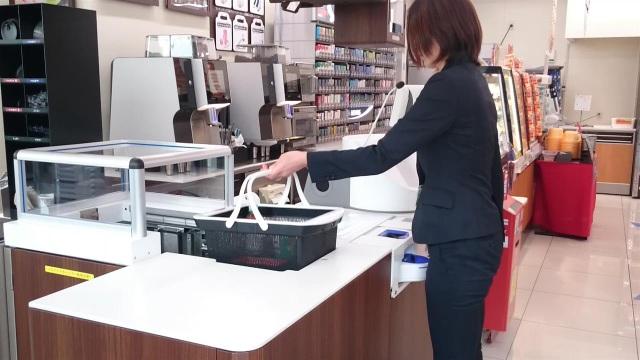 Giỏ hàng siêu thị thông minh tự nhận diện, thanh toán và đóng gói - 1