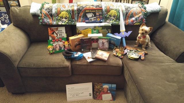 Toàn bộ các món quà Aerrix nhận được trong dịp Giáng sinh từ ông già Noel Bill Gates