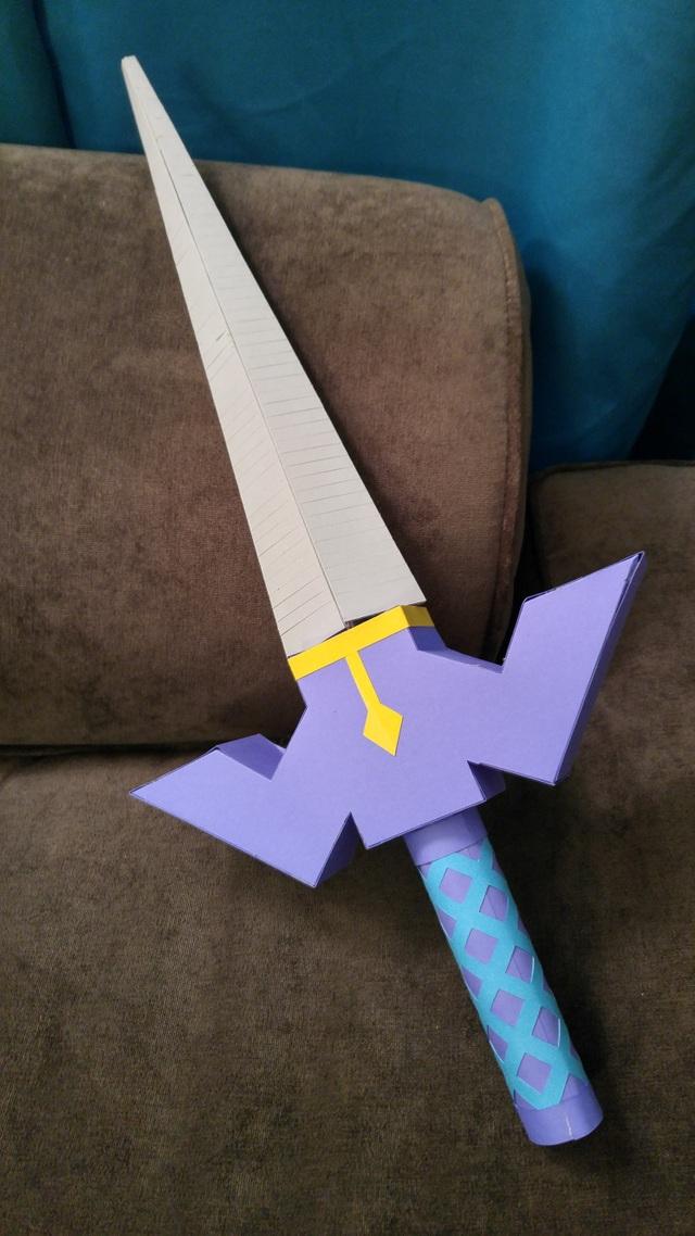 Thanh kiếm của nhân vật chính trong tựa game Legend of Zelda được làm hoàn toàn bằng giấy