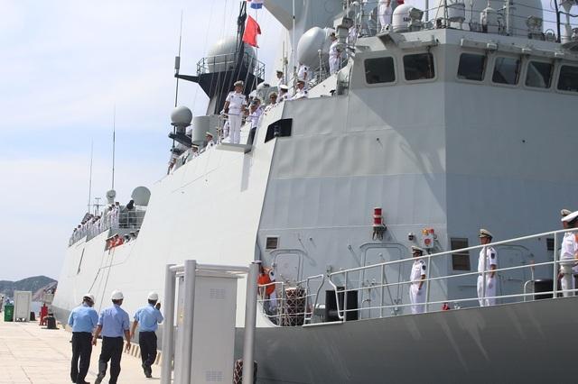 3 tàu Hải quân Trung Quốc thăm Cảng quốc tế Cam Ranh - 3