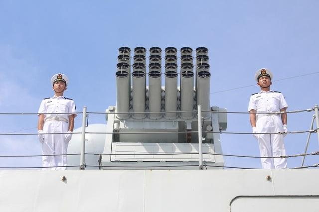 3 tàu Hải quân Trung Quốc thăm Cảng quốc tế Cam Ranh - 4