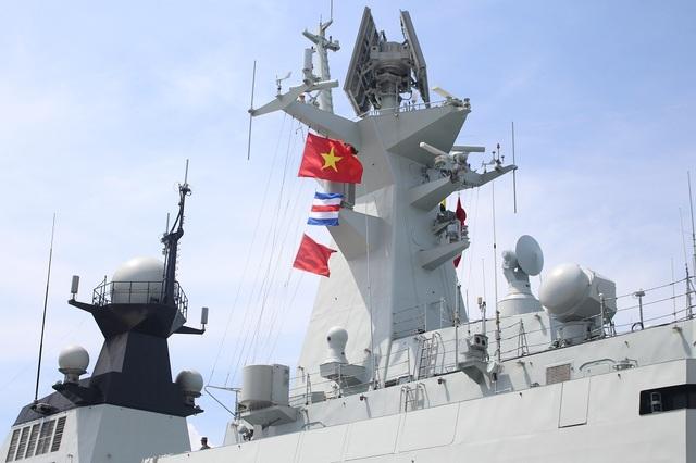 3 tàu Hải quân Trung Quốc thăm Cảng quốc tế Cam Ranh - 7