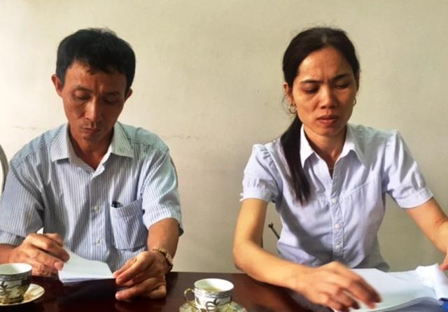 """Ông Hưng và bà Xuân thừa nhận vì """"nể"""" nên mới ký vào những bộ hồ sơ giả"""
