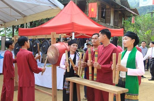 Bản Năng Cát, xã Trí Nang, huyện Lang Chánh còn lưu giữ nhiều giá trị văn hóa của đồng bào dân tộc Thái ở miền Tây Thanh Hóa