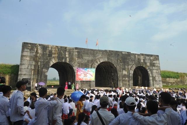 Chương trình giáo dục di sản cho học sinh tại Di sản văn hóa thế giới Thành Nhà Hồ