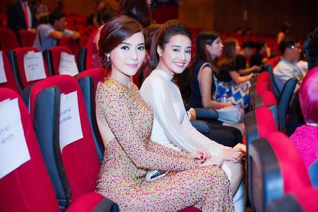 Kết quả chung cuộc, cô lọt vào top 3 cùng Mai Thu Huyền và Nhã Phương.
