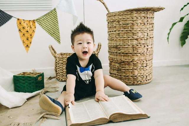 """Nhật Kim Anh khoe """"quý tử"""" sắp tròn một tuổi - 11"""