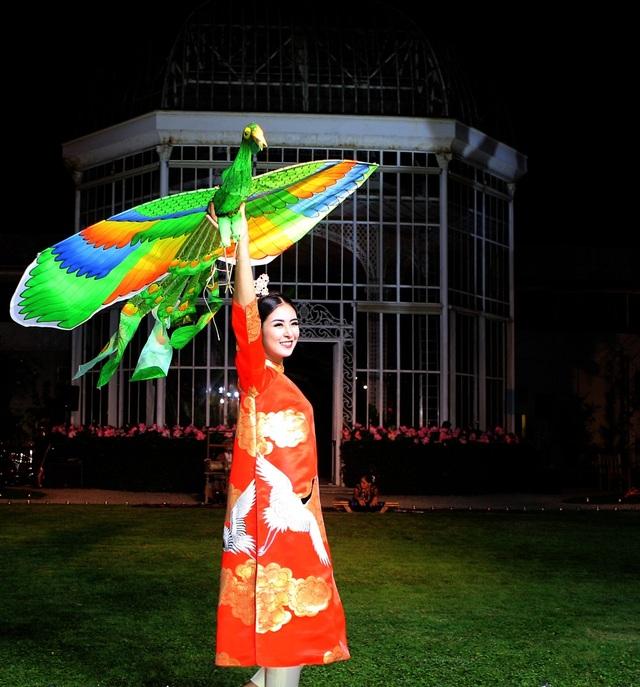 Hoa hậu Ngọc Hân là một trong số những người mẫu trình diễn bộ sưu tập đặc biệt.