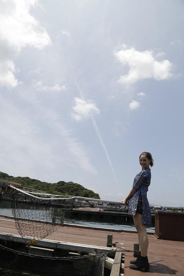 Song song đó là nhiều hoạt động khác mà Lan Phương có cơ hội trải nghiệm như đi đánh bắt cá.
