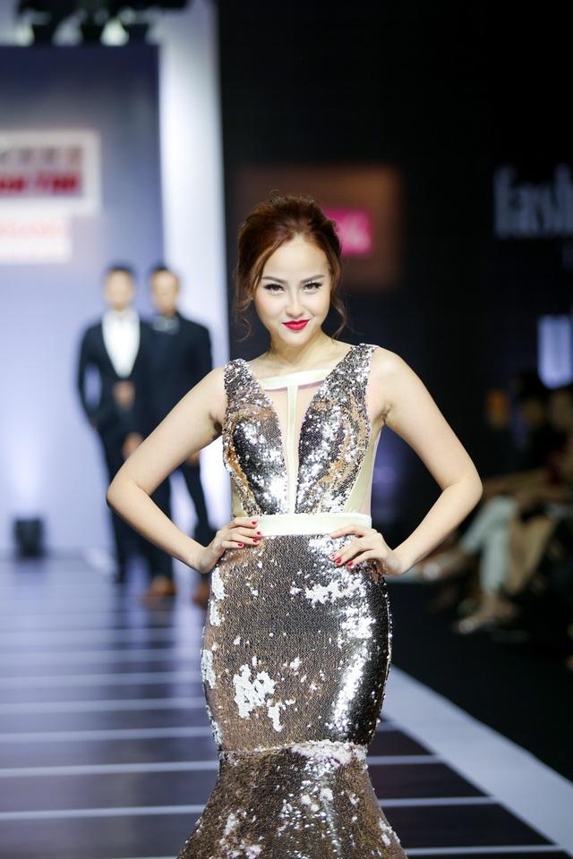 Song Hằng cùng loạt Hoa hậu, Á khôi sải bước váy dạ hội - 8
