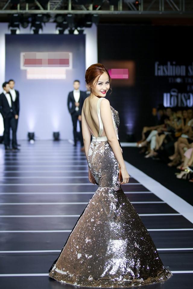 Tuy không giành ngôi vị quán quân nhưng Khánh Ngân đã trở thành gương mặt đắt show trình diễn sau khi lọt vào top 3.