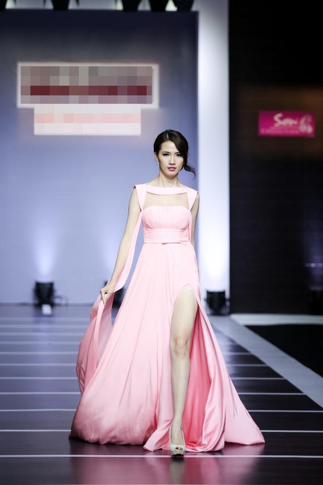 Top 5 Hoa hậu Việt Nam 2012 Phan Thị Mơ