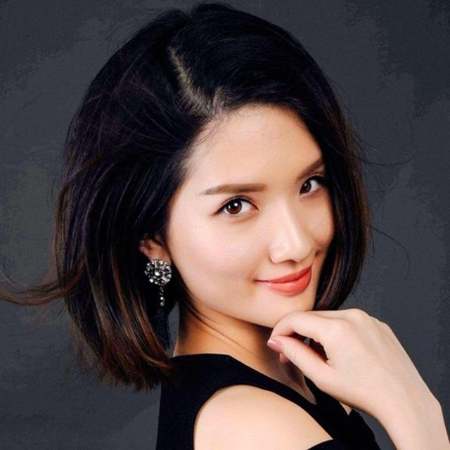 Và hình ảnh rạng rỡ, xinh đẹp của Huyền Trang hiện tại