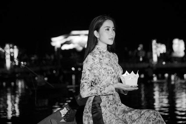 """Nam Em """"nghiện"""" áo dài, háo hức mang quốc phục tới Hoa hậu Trái Đất - 6"""