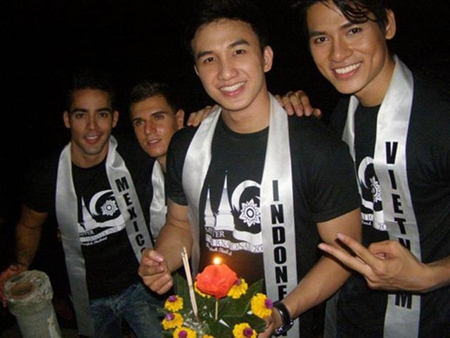 Lê Khôi Nguyên được biết đến nhờ danh hiệu Mister Vietnam 2010. Sau cuộc thi, Lê Khôi Nguyên là đại diện của Việt Nam chiến thắng hạng 3 khi tham gia cuộc thi sắc đẹp Nam giới lớn nhất hành tinh Mister International 2011.
