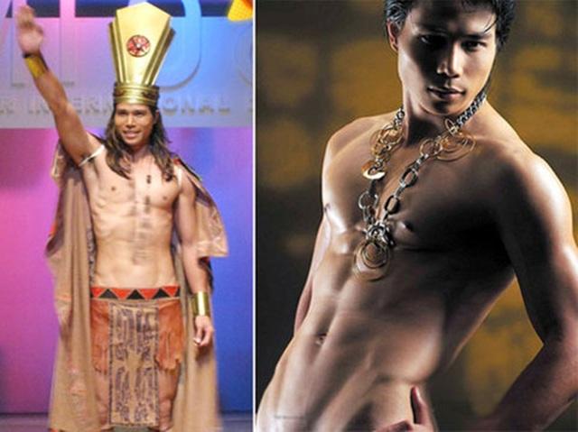 Ngoài ngôi vô địch, Tiến Đoàn còn được trao giải Thể hình đẹp nhất. Tiến Đoàn được đánh giá cao khi anh là thí sinh duy nhất tự thiết kế trang phục dân tộc cho mình.
