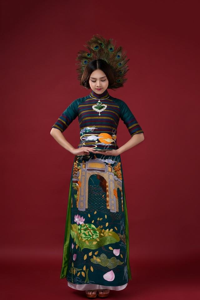 Những ý tưởng sáng tạo của Lan Hương được chắp bút trên nền phác thảo của các họa sĩ Hà Nội, nghệ nhân dòng tranh Hàng Trống, sự góp mặt của nghệ nhân mỹ nghệ kim hoàn Định Công, mây tre đan Phú Vinh, sản phẩm tơ lụa của Làng nghề Vạn Phúc, nét thêu tinh tế của những người con dân làng nghề thêu Quất Động nổi tiếng.