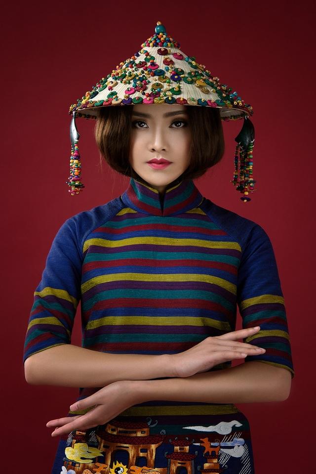 Tố Như từng đăng quang Hoa khôi Thanh niên Thanh lịch và Thời trang TP.Thái Nguyên năm 2012 khi mới 15 tuổi.