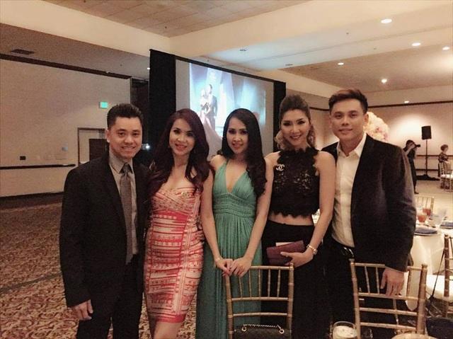 Nữ diễn viên phim Gái nhảy - Minh Thư (váy xanh) cũng xuất hiện trong đám cưới của cặp đôi