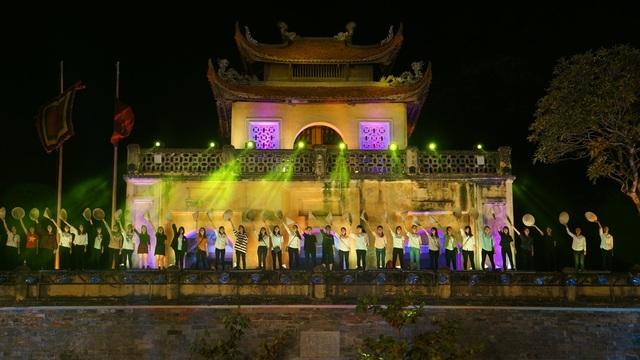 Tố Như, Đào Hà tổng duyệt Festival Áo dài cùng hàng trăm người mẫu - 12