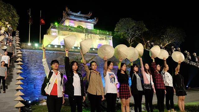 Tố Như, Đào Hà tổng duyệt Festival Áo dài cùng hàng trăm người mẫu - 11