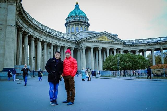 Anh có dịp hội ngộ cùng người bạn - diễn viên hài Quang Thắng.
