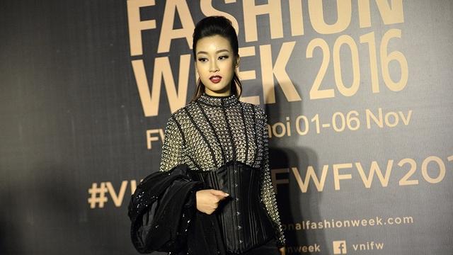 Angela Phương Trinh đeo trang sức 1,65 tỷ, HH Mỹ Linh ma mị huyền bí - 6